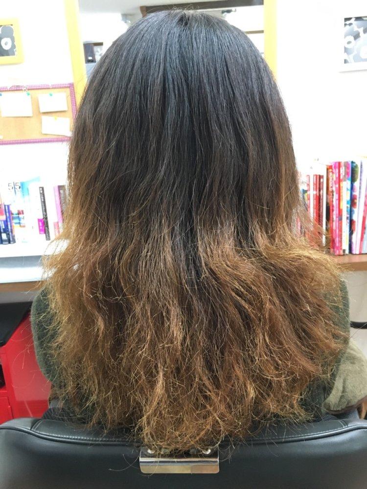 傷んだ髪の毛